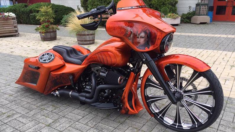 Orange Street Glide Ba...